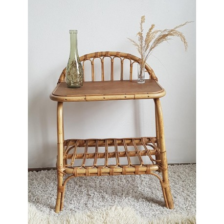 Table de chevet en rotin vintage