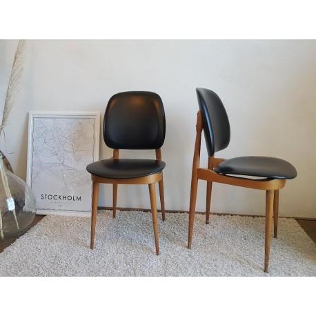 Paire de chaises par P. Guariche modèle Pégase éditeur Baumann circa 1960