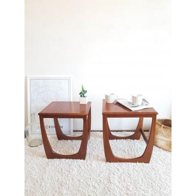 Paire de tables basses gigogne scandinaves Sunelm, circa1960