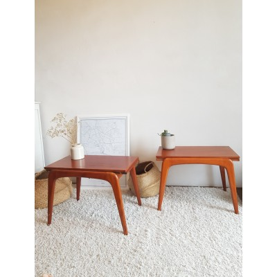 Paire de tables de chevet scandinaves circa 1960