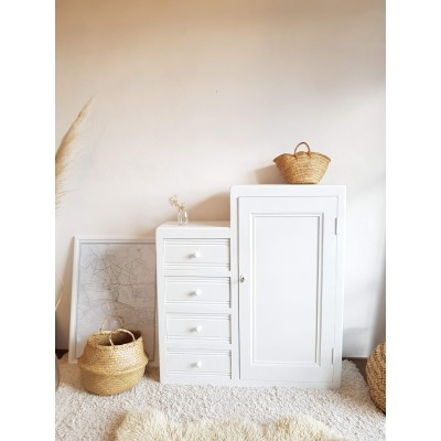 Commode asymétrique blanche esprit armoire parisienne
