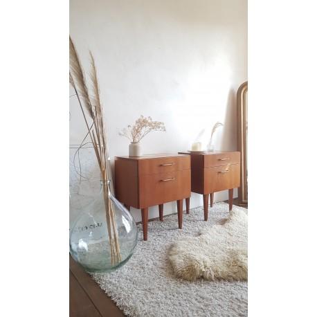 Paire de tables de chevet scandinaves circa 1960